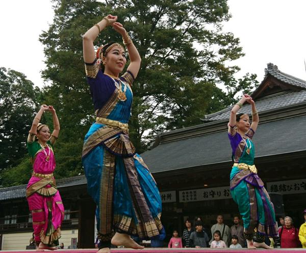 妻沼聖天山歓喜院・秋季例大祭奉納舞踊